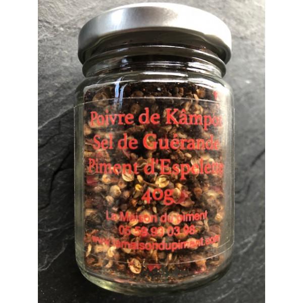 Poivre de Kämpöt sel de Guérande et piment d'Espelette