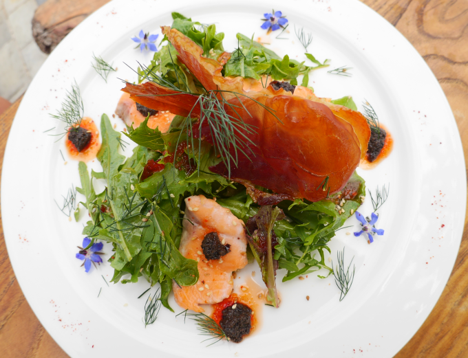Salade Basque de truite et jambon de bayonne